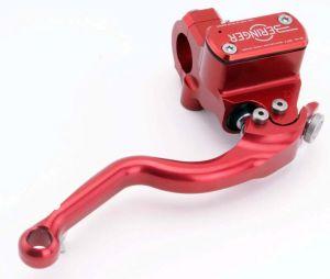 Maître cylindre de frein avec réservoir intégré Beringer BRO12