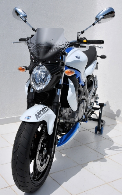 Saute vent 24cm Ermax + support SVF650 Gladius (2009-2014). Saute vent 24cm Ermax + support SVF650 Gladius (2009-2014)